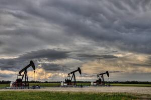 Fitch прогнозує зниження ціни на нафту в 2021 попри позитивні новини про вакцини