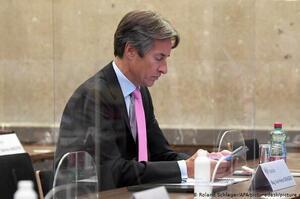 Колишнього міністра фінансів Австрії засудили до 8 років позбавлення волі за корупцію