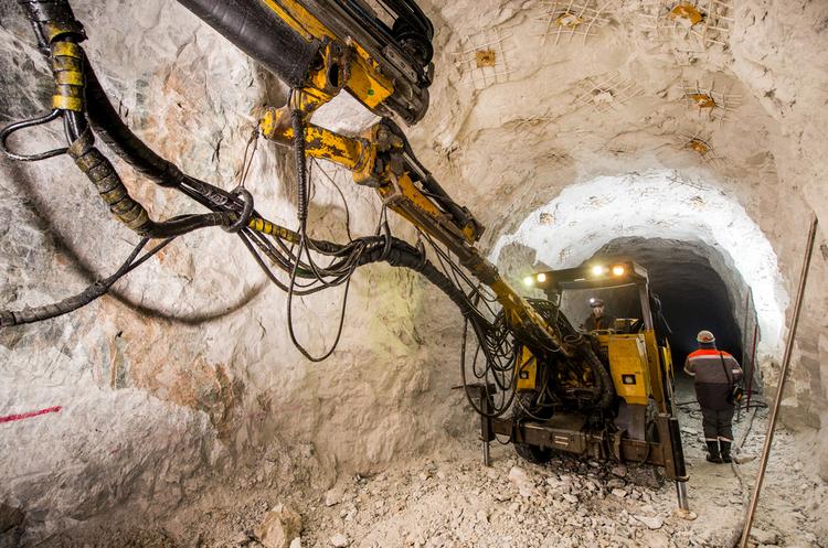 Австралійські депутати змусять Rio Tinto виплатити компенсацію за руйнування древніх печер