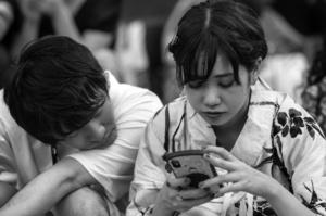 В Японії великі демографічні проблеми, влада інвестує $19 млн в служби знайомств