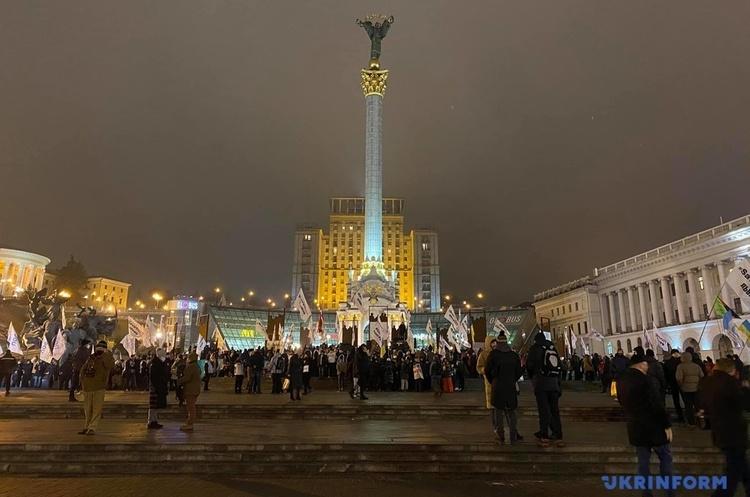 На Майдані триває акція протесту ФОПів, шість годин не працювало метро