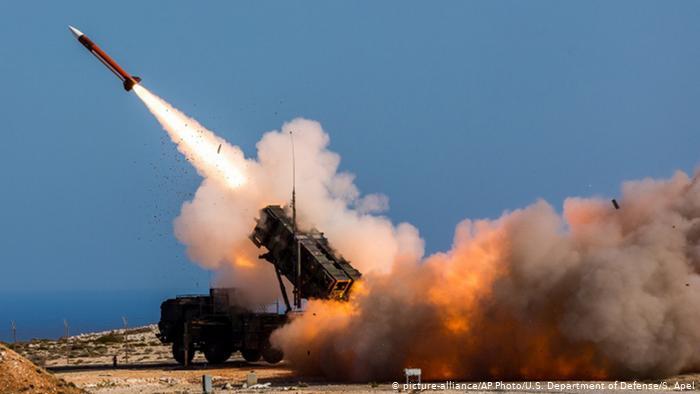Посольство США в Багдаді піддалося ракетному обстрілу