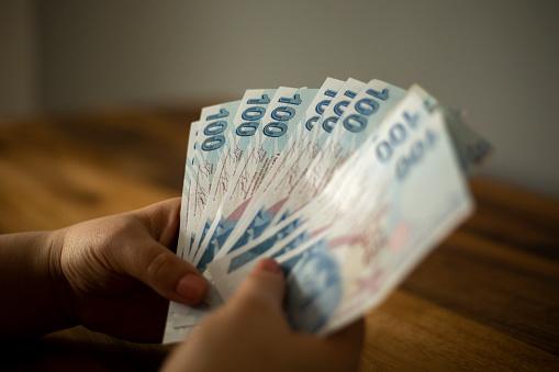 Правоохоронці повідомили про підозру чиновнику, який привласнив товар іноземних інвесторів на 25 млн грн