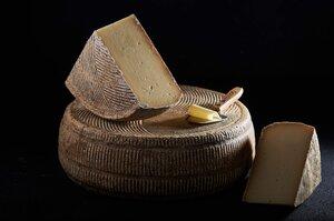 Магия созревания: Как украинские сыроделы превратили хобби в успешный бизнес