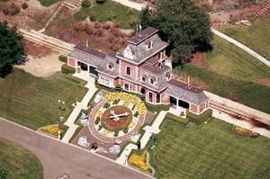 Продано маєток Майкла Джексона Neverland, в який він присягнувся ніколи не повертатися