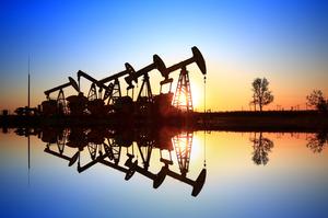 Нафтові компанії США і Європи списали $145 млрд менше ніж за рік