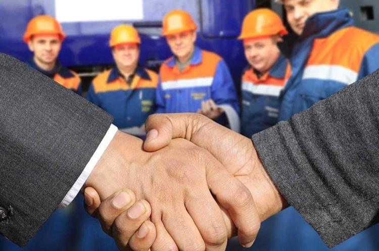 «Укрзалізниця» отримала 102 мільйони на компенсації працівникам за обмежену діяльність у січні