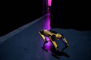 Boston Dynamics зняла новорічний кліп з танцюючими роботами (ВІДЕО)