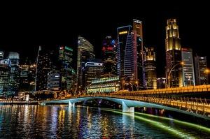 Пандемія відправила економіку Сінгапуру в найгіршу рецесію в історії країни