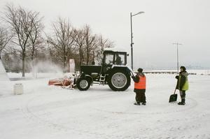 До Харкова через сильний снігопад заборонили пропускати вантажівки