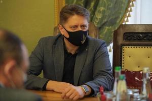 У Львівській ОДА звільнили керівника управління інвестицій Романа Матиса