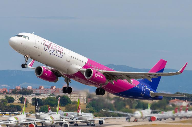 Wizz Air скоротив свою маршрутну мережу з Києва на 60% до весни