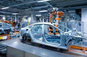 Ford, Daimler і Audi скорочують виробництво у Німеччині через нестачу чіпів