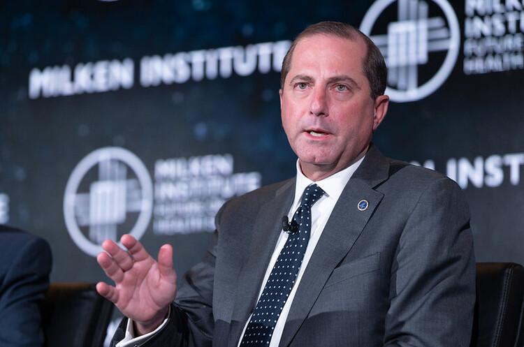 Міністр охорони здоров'я США подав у відставку