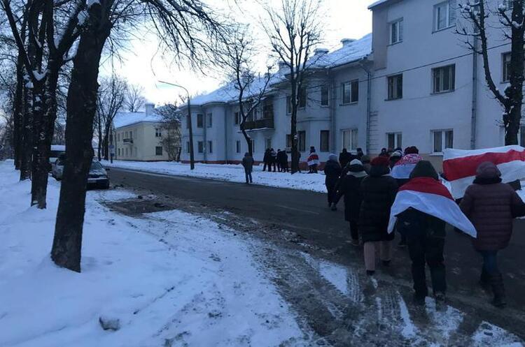 Мешканці Білорусі продовжують акції протесту попри морози