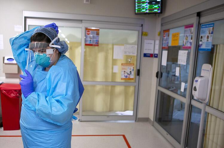 У ВООЗ очікують, що скоро від COVID-19 помиратиме по 100 000 людей на тиждень