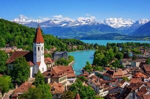 У Швейцарії проведуть референдум про те, щоб заборонити владі вводити локдаун