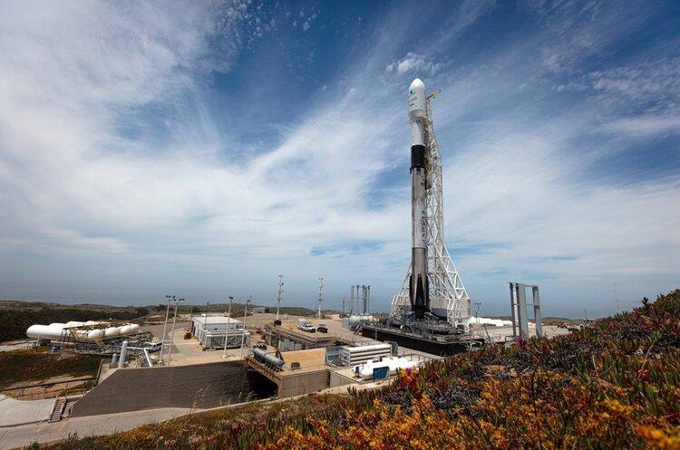 SpaceX вивела на орбіту ще 60 інтернет-супутників Starlink