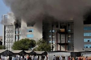 Через пожежу в Індійському інституті загинули 5 осіб, постраждало виробництво вакцини