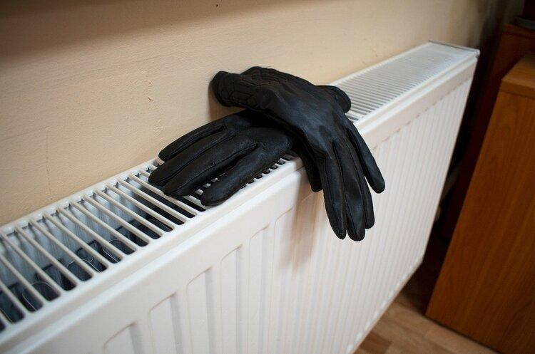 Тарифи на тепло і гарячу воду в цьому опалювальному сезоні не підвищуватимуть – Шмигаль