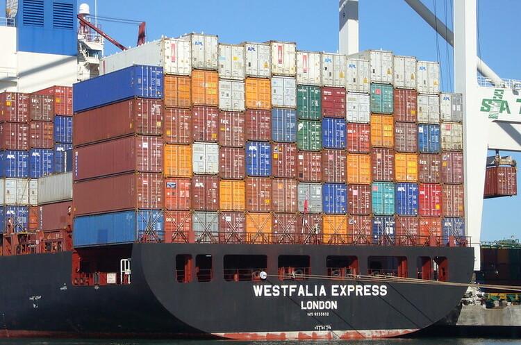 Агресивна боротьба за контейнери призводить до збільшення витрат на доставку на 300%