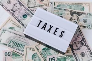 Рада ухвалила у першому читанні зміни до митного та податкового кодексів
