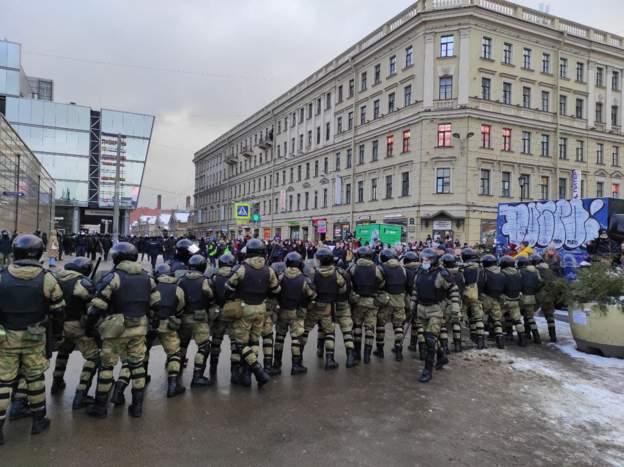 Сьогодні в Росії затримали вже понад 1 000 осіб в ході акцій протесту