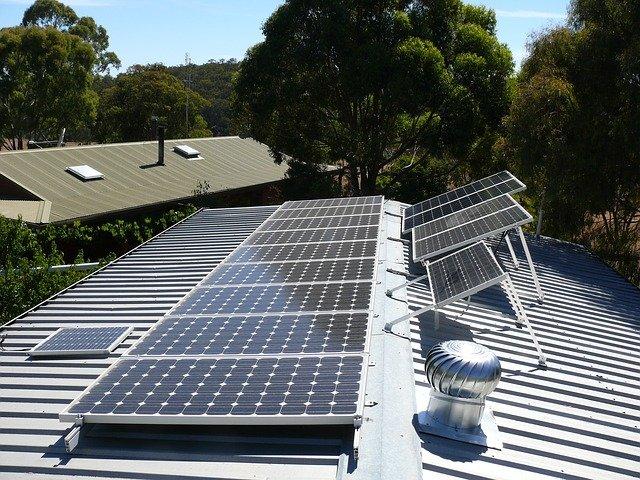 У США почалося будівництво найбільшої станції зберігання сонячної енергії
