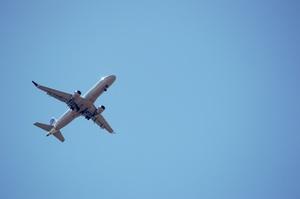 Україна ввела санкції проти молдавської та португальської авіакомпаній