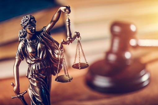 Верховний суд відмовився відкривати справу про скасування указу президента про відсторонення Тупицького