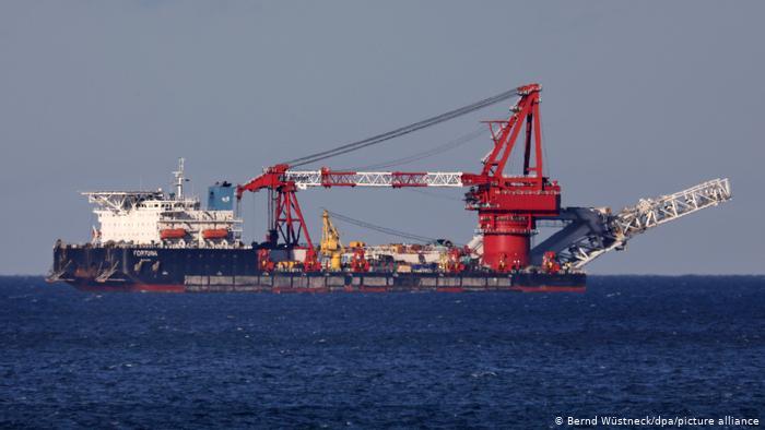 У Данії відновили прокладання труб «Північного потоку-2»