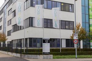 BioNTech почав виробництво вакцини проти COVID-19 на новому заводі