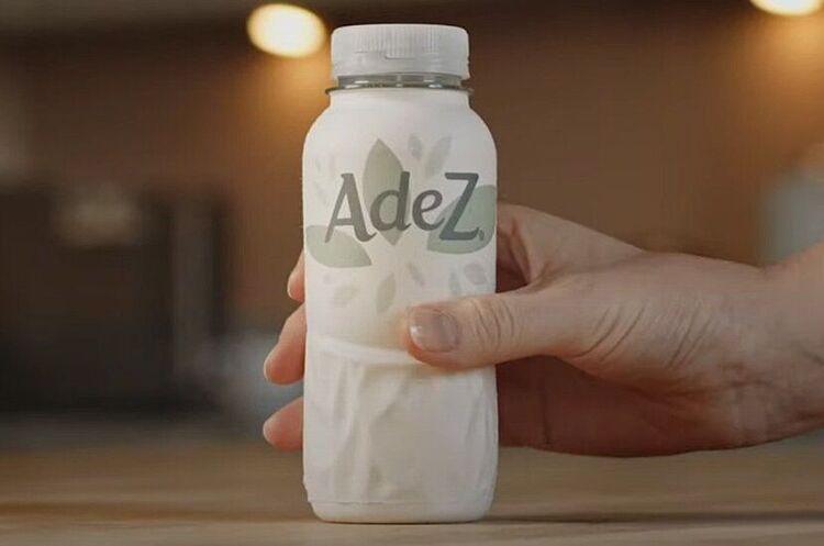 Компанія Coca-Cola тестує свою першу паперову пляшку