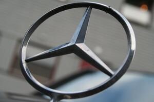 Mercedes-Benz відкликає понад мільйон автомобілів