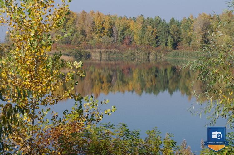 «Ощадбанк» продає дві земельні ділянки поряд з берегом Дніпра за 302 млн грн