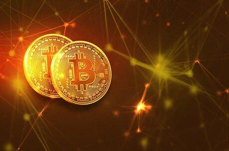 «Биток» в космосе: накачивает ли Маск биткоин по заказу SEC