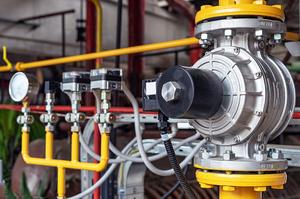 «Газпром» різко знизив транзит газу