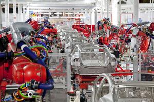 Tesla тимчасово зупиняє виробництво на лінії Model 3 в Каліфорнії