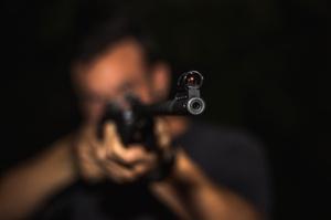 Нацполіція викрила корупційну схему видачі дозволів на зброю
