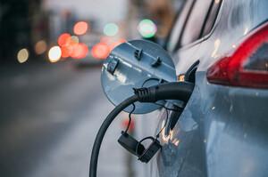 Азія наздоганяє Європу на ринку електрокарів – Fitch