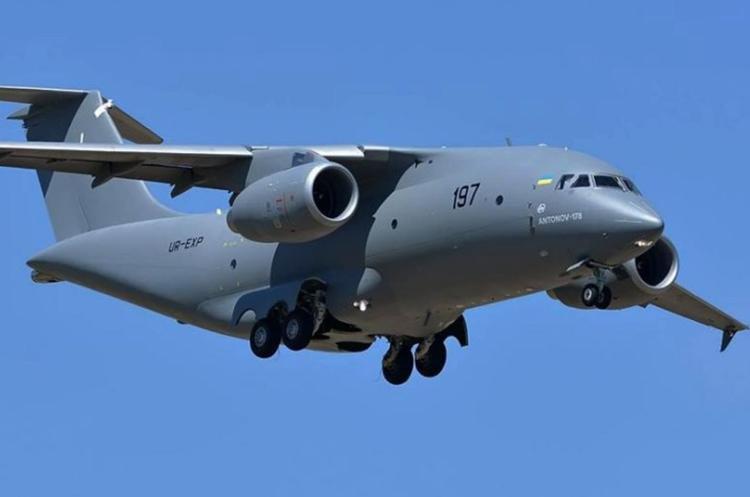 Держава сплатила «Антонову» аванс за три літаки Ан-178 – Шмигаль