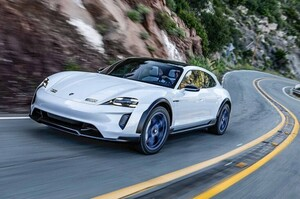 Porsche готує більш просторий Taycan, щоб кинути виклик Tesla