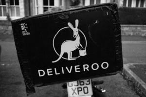 Deliveroo зафіксувала збиток у розмірі $309 млн незадовго до IPO