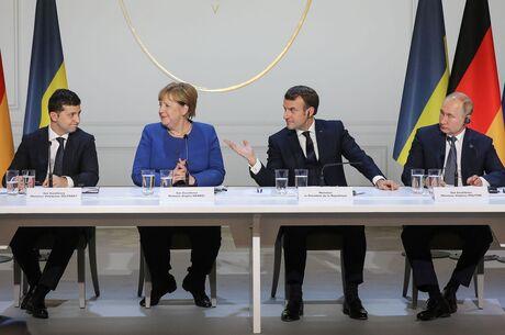 У Кремлі оцінили можливість зустрічі Путіна та Зеленського один на один