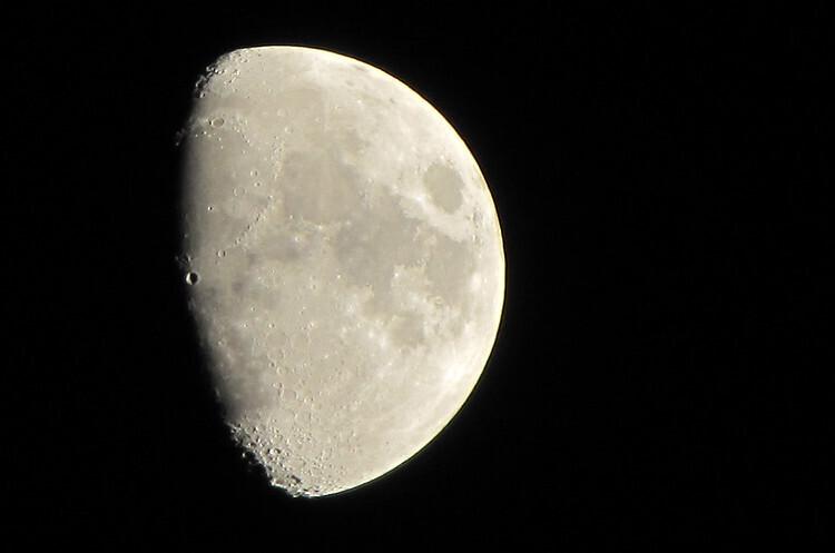 РФ та Китай домовились про створення нової місячної космічної станції
