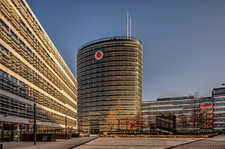 Vodafone залучить до 2,3 млрд євро від IPO свого інфраструктурного бізнесу у Франкфурті
