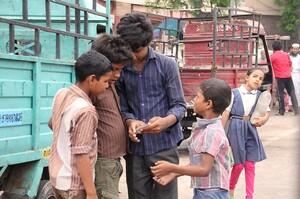 COVID-19 «заштовхнув» ще 75 млн людей за межу бідності в Індії – аналіз