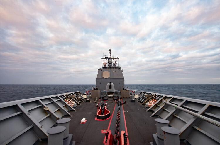 В Чорне море увійшов американський крейсер, РФ вивела всі підводні човни на бойове чергування