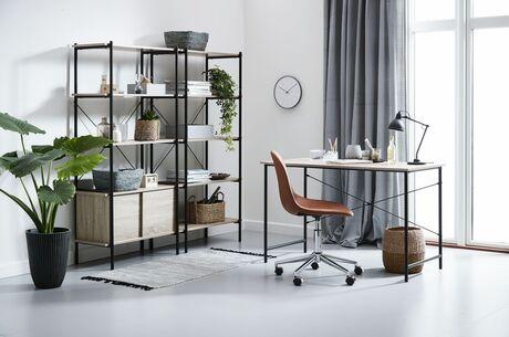 Той, хто працює вдома 2021: офіс на балконі, або як облаштувати у себе робоче хюґе і встигнути в майбутнє