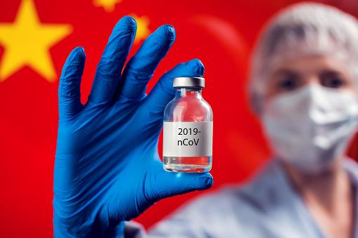 До України прибула перша партія китайської вакцини CoronaVac